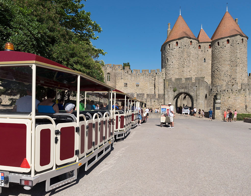 Visit the city of Carcassonne by train